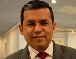 Javier De La Fuente Por. Luis Villegas Montes.