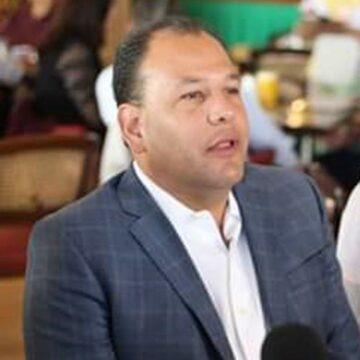 Pide Omar Bazán a compañías cumplir con estándares de calidad en servicios de telefonía e internet