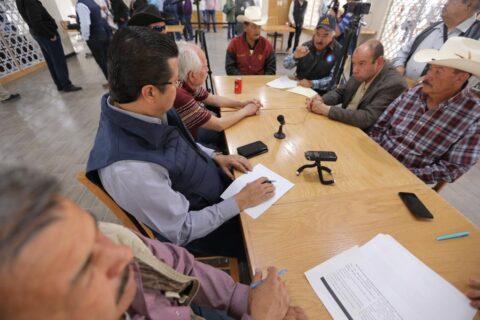 Encabeza Cabada reunión del Colectivo Ciudadano Chihuahua con productores de la región del desierto