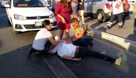 Futbolista coahuilense arrolla motociclista