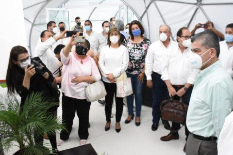 Asistió ayer la presidenta municipal de Ocampo a la inauguración del Hospital Móvil en Monclova