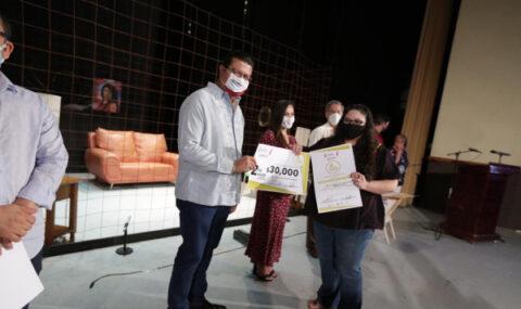 Premia Gobierno Municipal a ganadores de Festival de Teatro de la Ciudad en su Edición 38