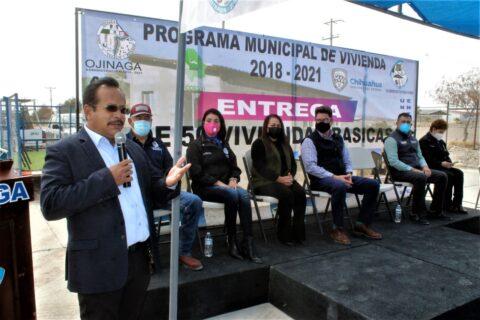 Con una inversión total de $6'136,500 se entregan 50 viviendas en Col. Las Lomas