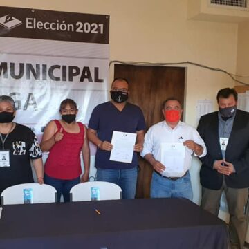 Entregan constancia de mayoría a Andrés Ramos, alcalde electo de Ojinaga